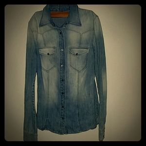 Guess Denim Button up size Small